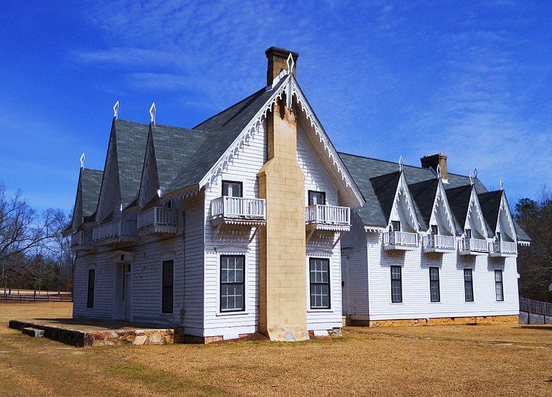 Spring Villa in Opelika